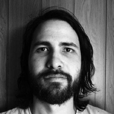 Rómulo Lazarde, 35, Digital Creative und VORREITHER